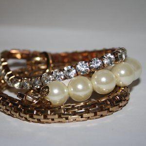 nwot gold pearl and rhinestone bracelet set